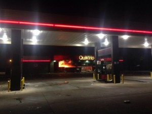 Ferguson Quiktrip on fire